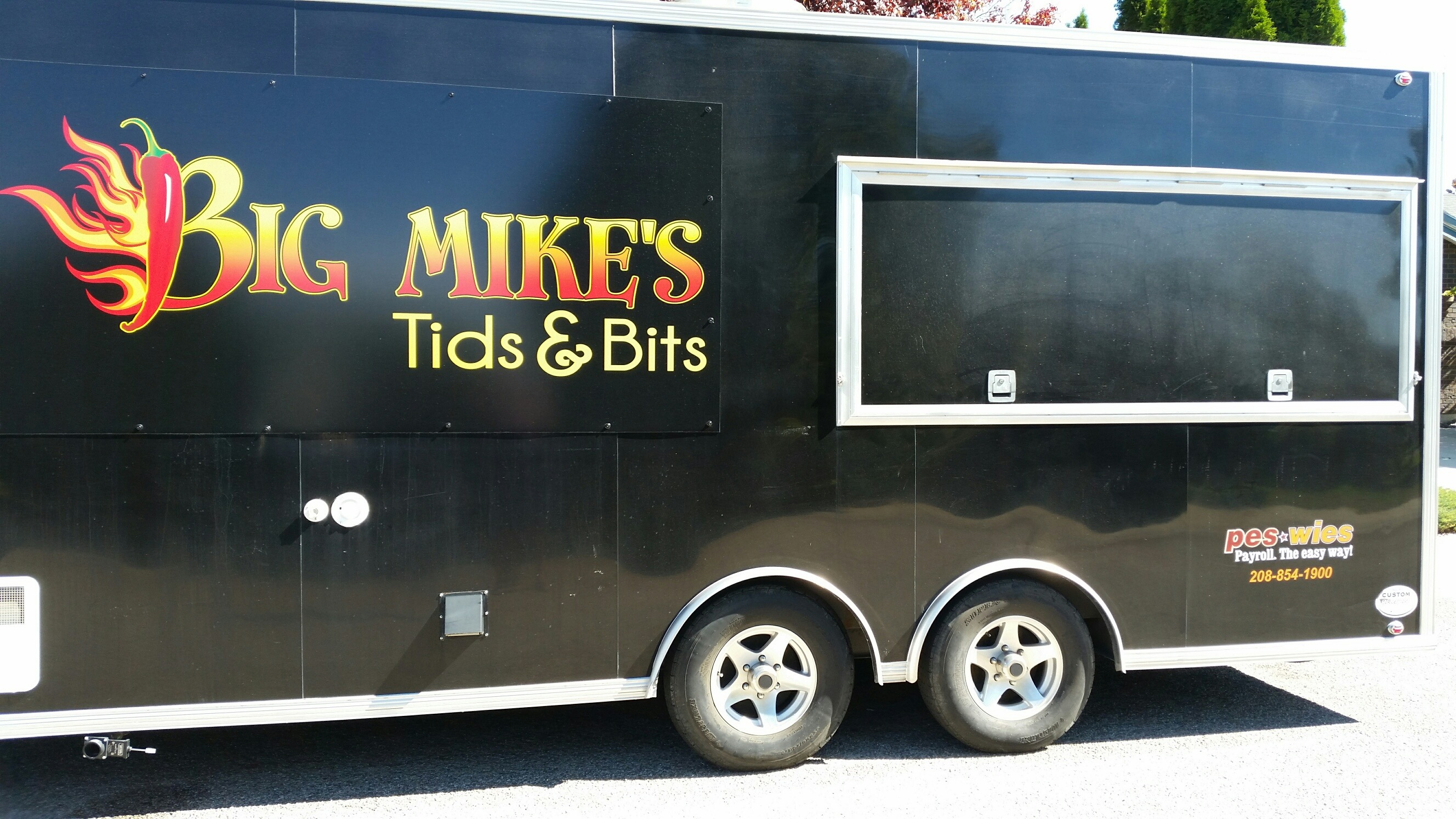 Big Mikes trailer_1